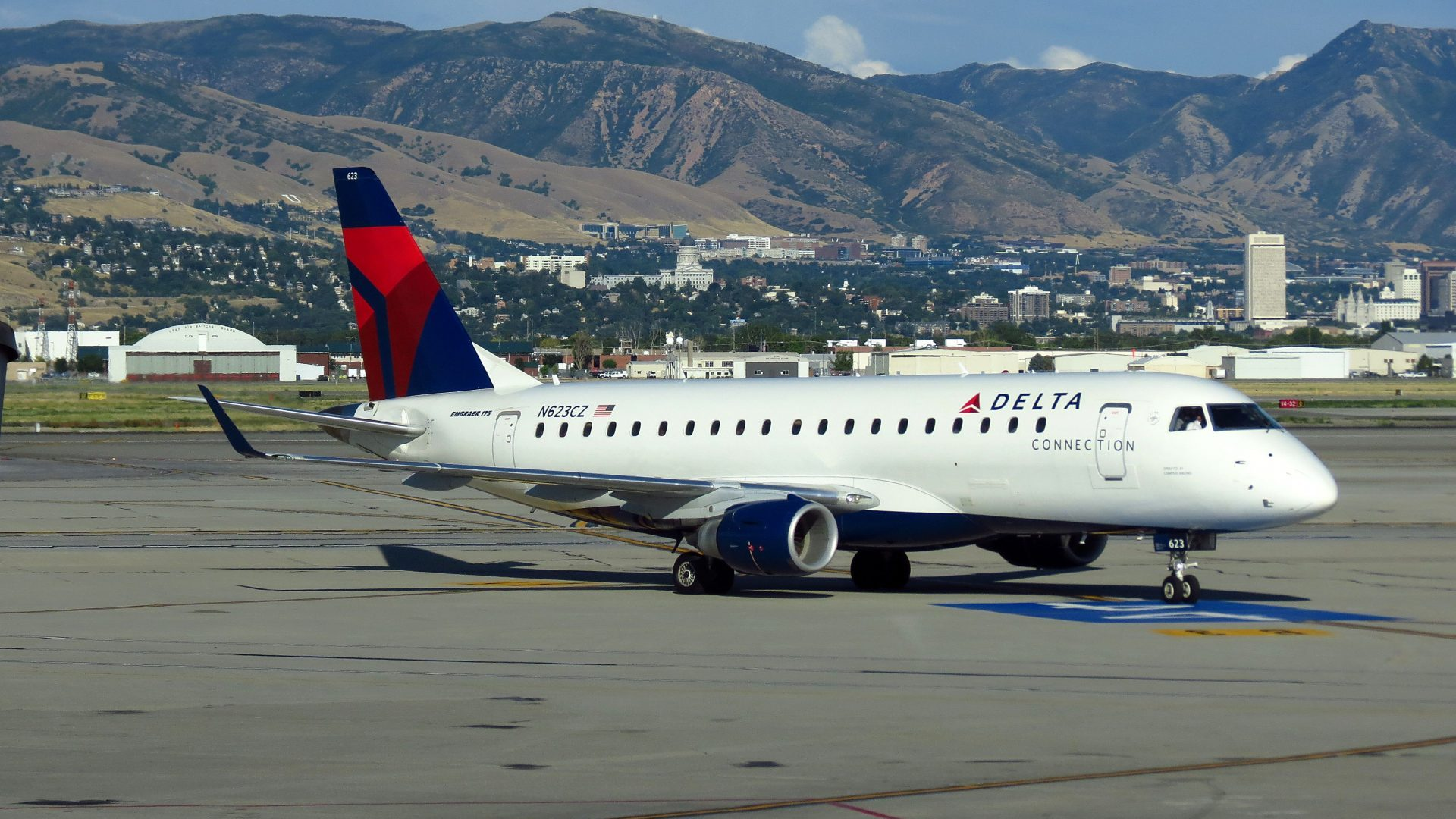 Skywest Airlines Orders Nine More Embraer E175