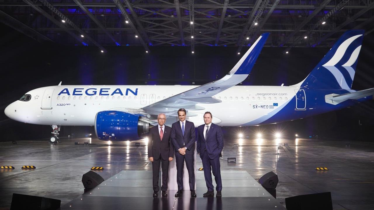 Aegean presents new livery, adds first Airbus A320neo ...