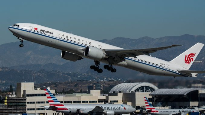 U.S. bars Chinese flights from 16th